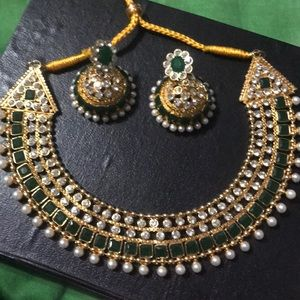 Jewelry - Emerald green Indian NECKLACE ONLY